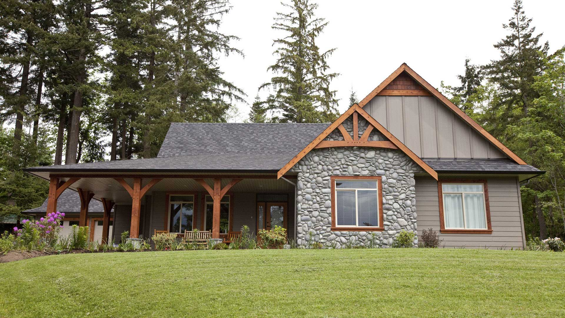 Country timber accents island timber frame for Exterior home accents